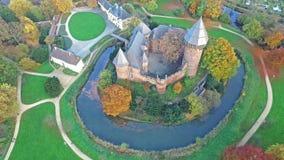 Widok z lotu ptaka Grodowy Linn w jesieni Krefeld, Niemcy - zbiory wideo