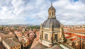 Widok z lotu ptaka historyczny miasto Salamanca z wierzchu Ig Obraz Stock