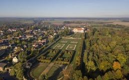 Widok z lotu ptaka Hundisburg pałac i baroku ogród w saxony Fotografia Stock