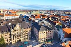 Widok z lotu ptaka i miasto linia horyzontu w Monachium, Niemcy Obrazy Stock