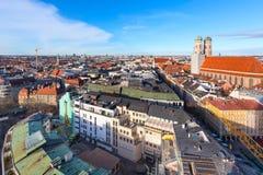 Widok z lotu ptaka i miasto linia horyzontu w Monachium, Niemcy Obraz Royalty Free