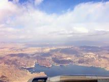 widok z lotu ptaka jeziora w pustkowie terenie zdjęcia royalty free