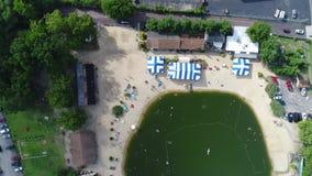 Widok Z Lotu Ptaka Jeziorna Pływacka dziura zbiory wideo
