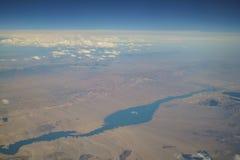 Widok z lotu ptaka Jeziorny dwójniak, widok od nadokiennego siedzenia w samolocie Obraz Stock