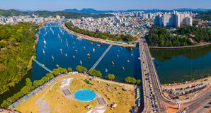 Widok z lotu ptaka Jinju Namgang Yudeung festiwal w Jinju mieście, Sou fotografia stock
