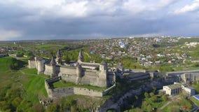 Widok z lotu ptaka Kamenec-Podolsky kasztel Ukraina zdjęcie wideo