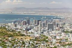 Widok z lotu ptaka Kapsztad schronienie od Stołowej góry i linia horyzontu, Południowa Afryka Zdjęcie Stock
