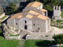 Widok z lotu ptaka kościół w Caltabellotta, mała wioska Sicily fotografia royalty free