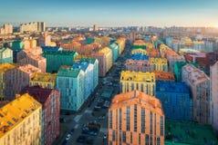 Widok z lotu ptaka kolorowi budynki w europejskim mieście przy zmierzchem fotografia royalty free
