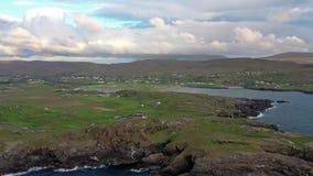 Widok z lotu ptaka krajobraz przy Glencolumbkille w okręgu administracyjnym DOnegal, Irlandia zbiory