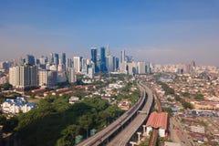 Widok z lotu ptaka Kuala Lumpur śródmieście, Malezja i autostrady drogowi, Pieniężny okręg i centrum biznesu w mądrze miastowym m fotografia royalty free
