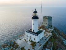 Widok z lotu ptaka latarnia morska i wierza na wyspie Giraglia Nakrętki Corse półwysep corsica Francja Zdjęcie Stock