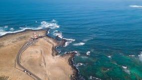 Widok z lotu ptaka latarnia morska przy zmierzchem fotografia royalty free