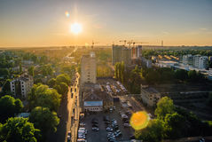 Widok z lotu ptaka lato zmierzch w Voronezh wysokość tła budowy budynków urzędu wysokiego nieba drapacze chmur Zdjęcia Stock