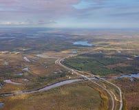Widok z lotu ptaka linia kolejowa i wysoka droga Zdjęcie Stock