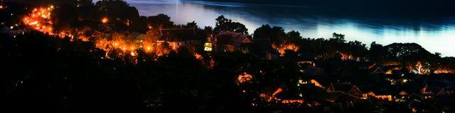 Widok z lotu ptaka Luang Prabang miasteczko w Laos Noc nad małym miastem Obrazy Stock