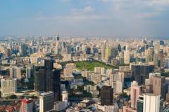 Widok z lotu ptaka Lumpini park, Sathorn, Bangkok śródmieście Financia zdjęcia royalty free