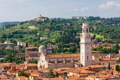Widok z lotu ptaka miasto Verona z czerwonymi dachami, Włochy Fotografia Stock