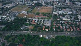 Widok z lotu ptaka miastowy drogowy ruch drogowy Zdjęcia Stock
