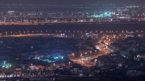 Widok z lotu ptaka mieszkanie wille w Dubaj miasta nocy timelapse i domy, Zjednoczone Emiraty Arabskie zbiory