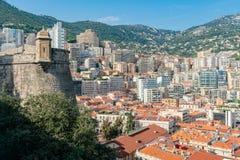 Widok z lotu ptaka Monaco pejzaż miejski z wiele siedziba i dach fotografia stock