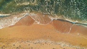 Widok z lotu ptaka morze plaża Odgórny widok zbiory wideo