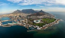 Widok z lotu ptaka na Capetown nabrzeżu fotografia stock
