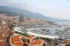 Widok Z Lotu Ptaka na Monaco schronieniu z Luksusowymi jachtami Fotografia Royalty Free
