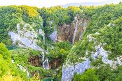 Widok z lotu ptaka na Plitvice jeziorach i siklawach, Chorwacja Obraz Stock