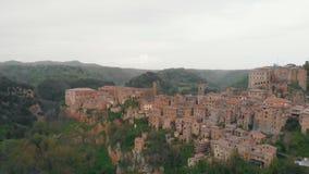 Widok z lotu ptaka na starym miasteczku zbiory wideo