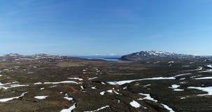 Widok z lotu ptaka nad zdewastowanym krajobrazem w północnym wschodzie Iceland zdjęcie wideo
