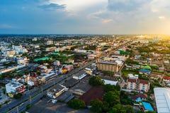 Widok z lotu ptaka Nakhon Ratchasima miasto lub Korat przy zmierzchem, Thaila Zdjęcia Stock