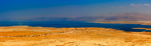 Widok z lotu ptaka Nieżywy morze w Judaean pustyni - Izrael Zdjęcia Stock