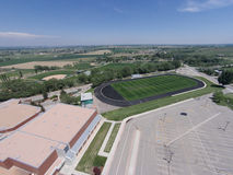 Widok Z Lotu Ptaka Niwot szkoły średniej sportów pola Obrazy Royalty Free