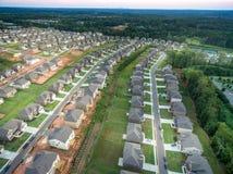Widok z lotu ptaka nowy mieszkanie własnościowe w Południowym Stany Zjednoczone obrazy stock