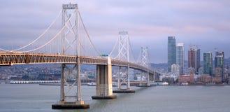 Widok z lotu ptaka Oakland zatoki most San Fransisco widzieć od Tre jak zdjęcie royalty free