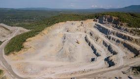 Widok z lotu ptaka od above kopalnia lokalizuje w Rosja fotografia stock