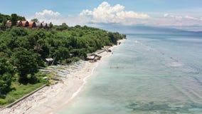 Widok z lotu ptaka od trutnia pi?kna nabrze?na droga Nusa Penida wyspa zbiory