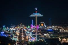 Widok z lotu ptaka Oktoberfest przy nocą, Monachium, Niemcy Fotografia Stock
