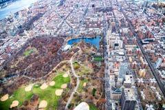 Widok z lotu ptaka Północny central park i Poza śródmieściem Manhattan, Miasto Nowy Jork zdjęcia stock