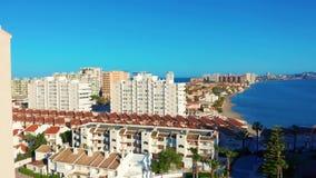 widok z lotu ptaka Panoramiczny widok Los Angeles Manga Del Mącący Menor, Cartagena, Murcia, Hiszpania zbiory wideo