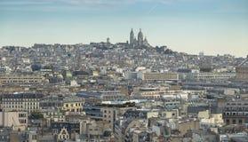 Widok z lotu ptaka Paryski pejzaż miejski z bazyliką Święty serce Paryski Basilique Du Sacre Coeur na Montmartre wzgórzu Obrazy Royalty Free