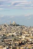 Widok z lotu ptaka Paryski pejzaż miejski z Basilique Du Sacre Coeur dalej Obraz Royalty Free