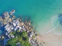 Widok Z Lotu Ptaka: Pasek niecki Yai plaża, Koh Phangan Zdjęcia Royalty Free