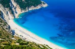Widok Z Lotu Ptaka piękna Myrtos zatoka, plaża na Kefalonia wyspie i, Grecja Fotografia Royalty Free