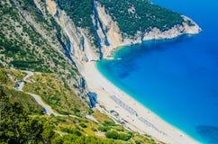 Widok Z Lotu Ptaka piękna Myrtos zatoka, plaża na Kefalonia wyspie i, Grecja Zdjęcie Royalty Free