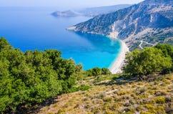 Widok Z Lotu Ptaka piękna Myrtos zatoka, plaża na Kefalonia wyspie i, Grecja Zdjęcia Royalty Free