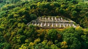 Widok z lotu ptaka piękny antyczny forteca w lesie w lecie Tarakaniv fort fotografia royalty free