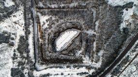 Widok z lotu ptaka piękny antyczny forteca w lesie w zimie Tarakaniv fort Fotografia Stock