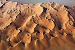 Widok z lotu ptaka piasek diuny przy pocierania Al Khali Zdjęcie Stock